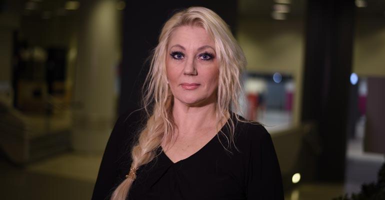 Carita Huvinen tekee lastensuojelutyötä.