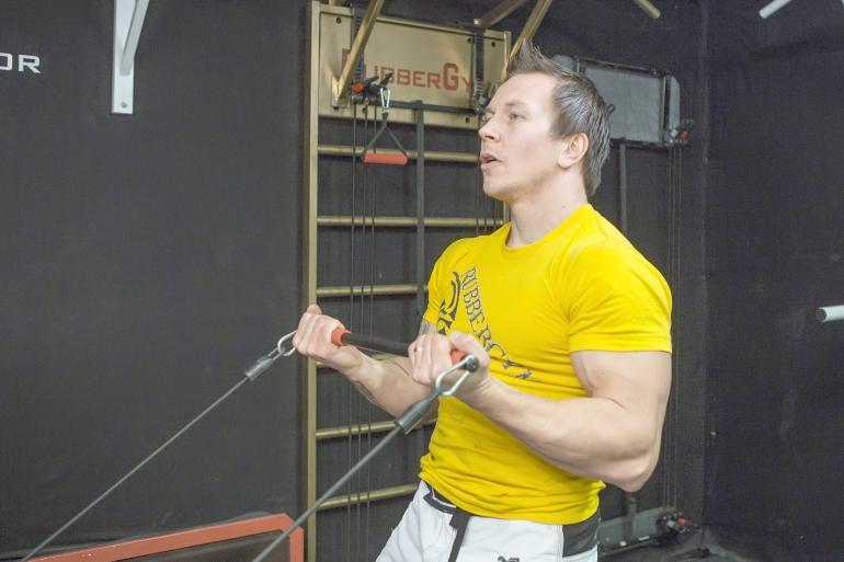Joonas Mäkipelto treenaa