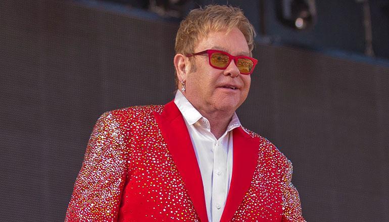 Elton John keikalla