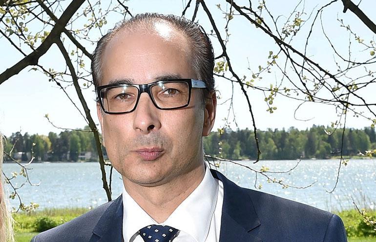 Heikki Lampela poseeraa Seiskalle