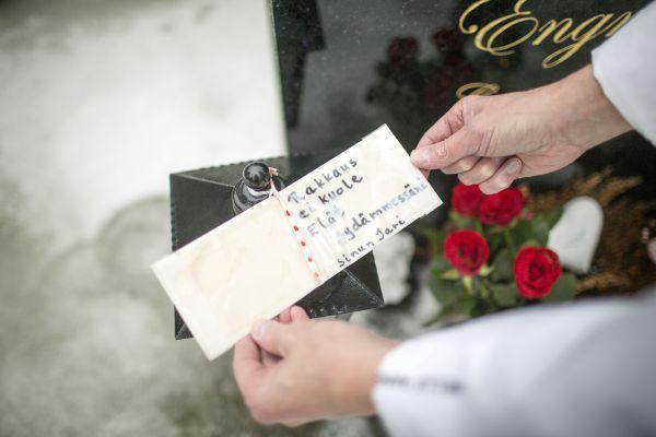 Jari Jantusen kihlatulleen kirjoittama kirje.
