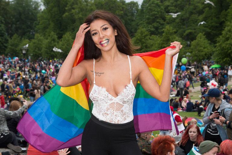 Cheyenne vilauttaa Pride 2017