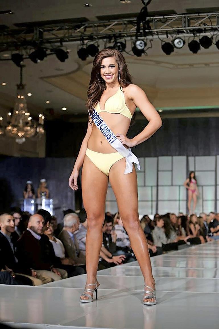 Jillian osallistui vuoden 2015 Miss Teen -kisoihin.