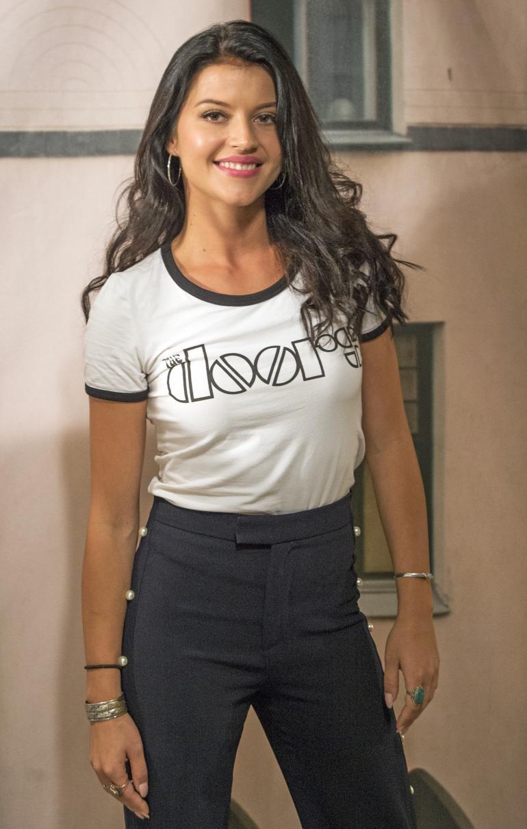 26-vuotias Sofia Arasola on turkulainen toisen polven näyttelijä.