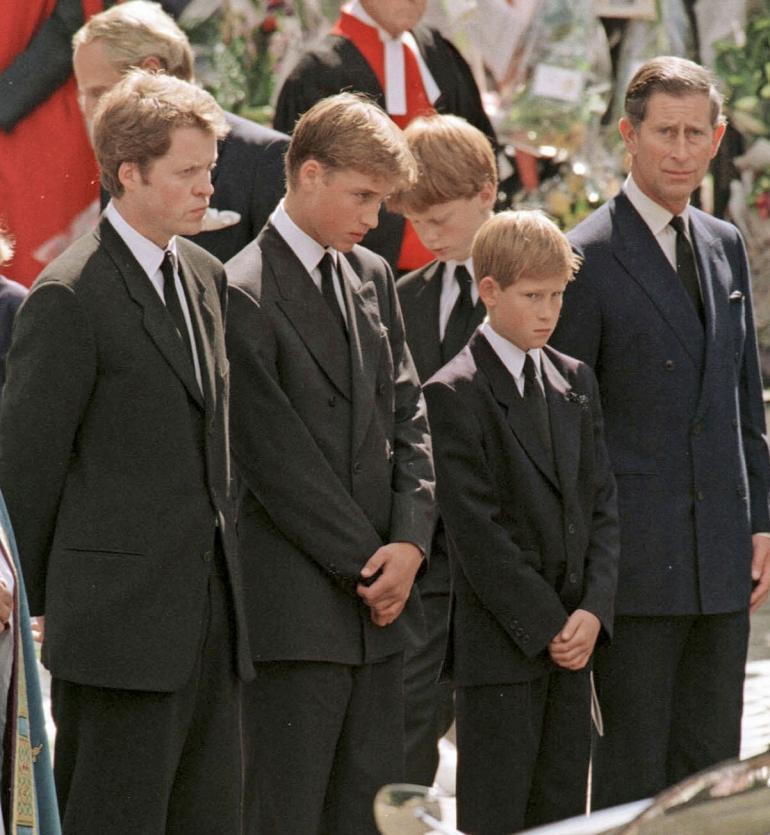 Dianan hautajaiset olivat painajaista Williamille ja Harrylle.