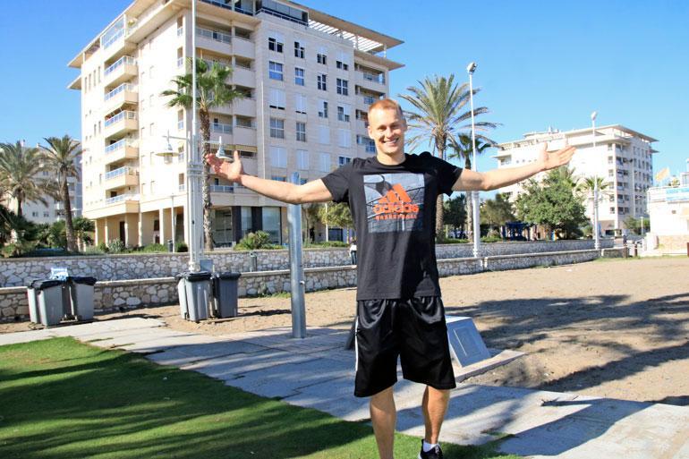 Sasu Salin pelaa espanjassa.