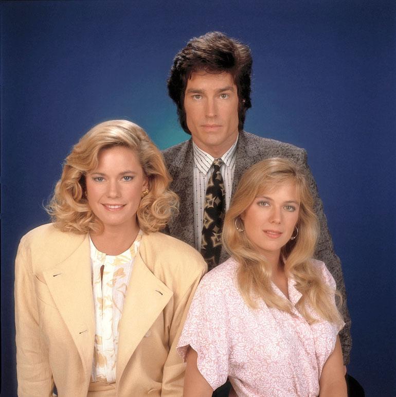 Katherine oli vain 25-vuotias, kun hän sai Brooken roolin. Sarjan alussa Brooke oli kihloissa poliisina työskentelevän Daven kanssa, kunnes Ridge astui kuvioihin.