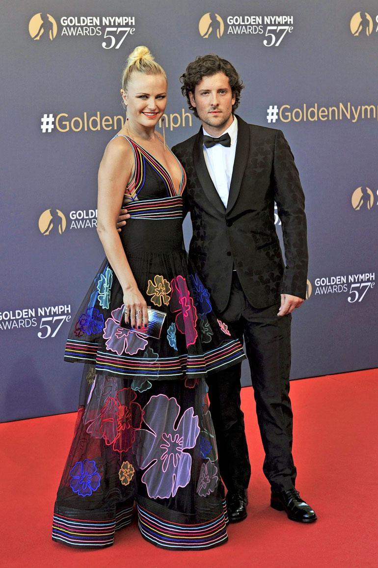 Malin kihlaurui brittinäyttelijä Jack Donnellyn, 32, kanssa viime lokakuussa. Pari bongattiin ensimmäisen kerran yhdessä maaliskuussa.