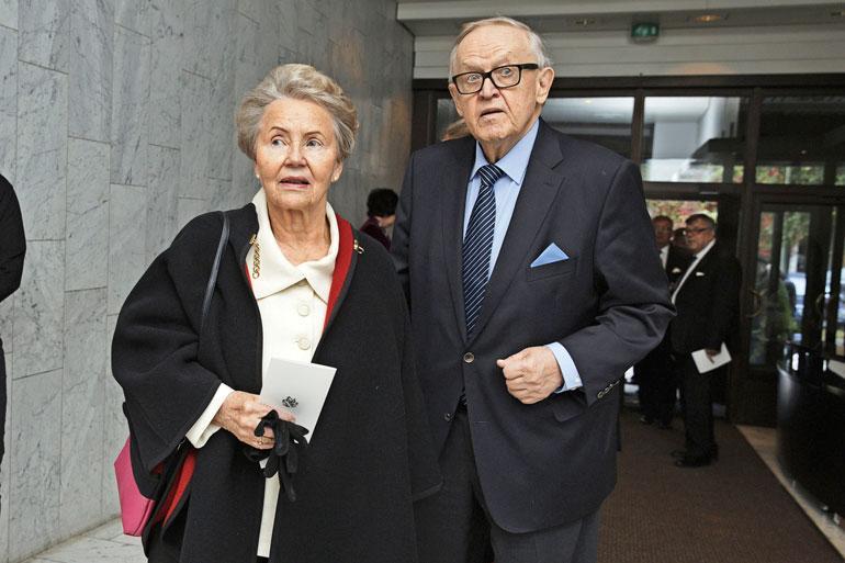 Martti ja Eeva Ahtisaari.