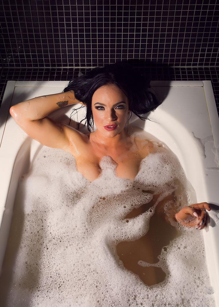 www alasti tyttö kuvia com