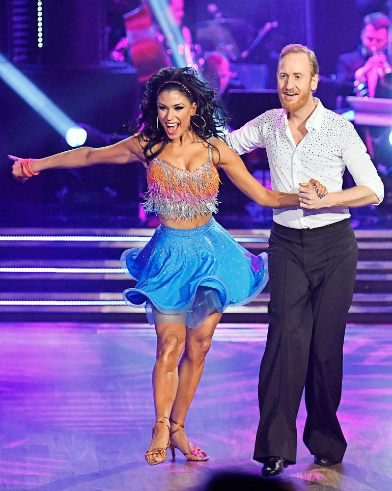Näyttelijä kisaa parhaillaan tanssiopettaja Jasmine Takacsin kanssa Ruotsin Tanssii tähtien kanssa -ohjelmassa.