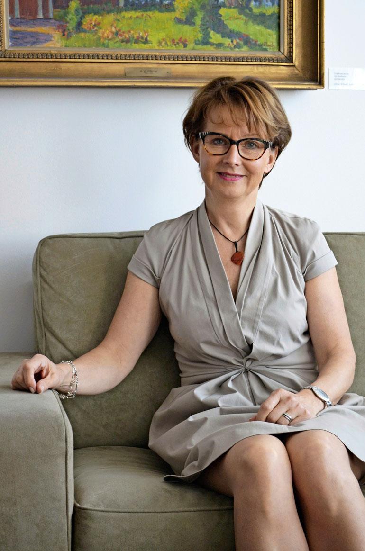 Apulaisvaltakunnansyyttäjä Raija Toiviainen on toiminut valtakunnansyyttäjänä määräaikaisesti sen jälkeen, kun hänen edeltäjänsä Matti Nissinen sai potkut virkarikoksen takia.