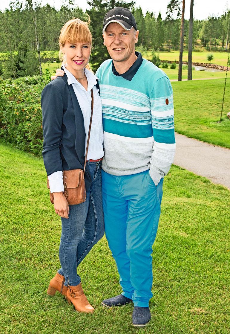 Toni ja Heidi avioituivat vajaan vuoden seurustelun jälkeen vuonna 2015.