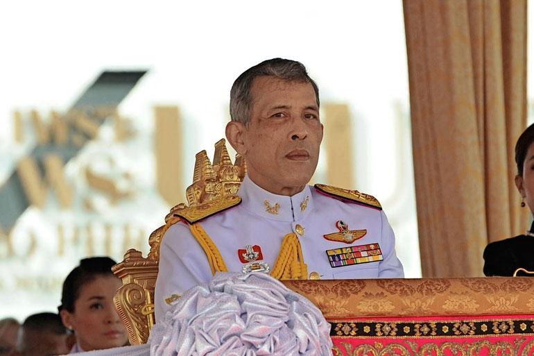 Mikko kertoo Thaimaan kuninkaan kutsuneen hänet teelle.