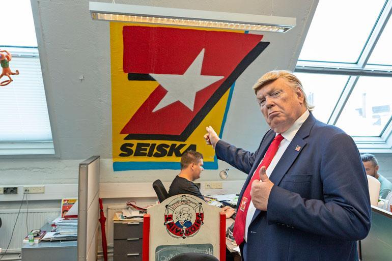 Vale-Trump ilahdutti vierailemalla myös Seiskan toimituksessa.