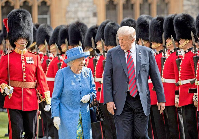 Meghanin isä närkästyi siitä, että kuningatar Elisabet suostui tapaamaan Donald Trumpin heinäkuussa.