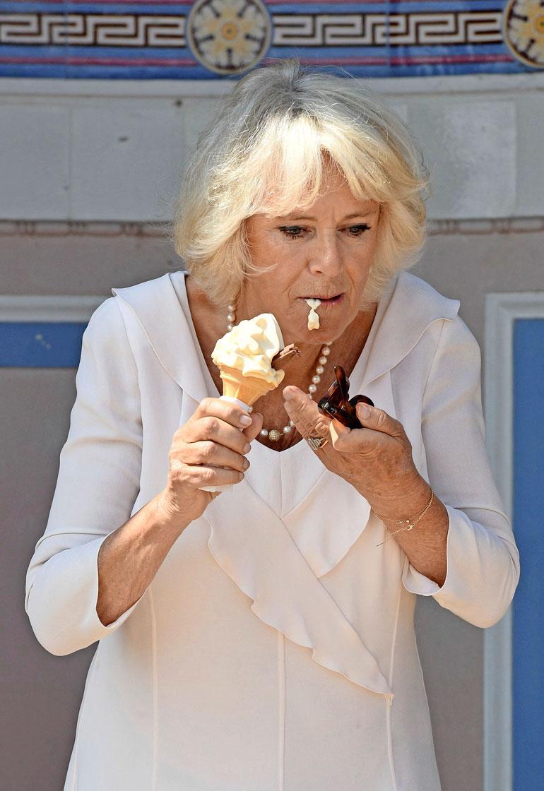 Camilla ja jäätelö.
