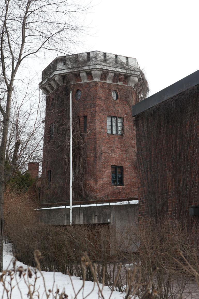 Ville tornitalo on edelleen mymättä.