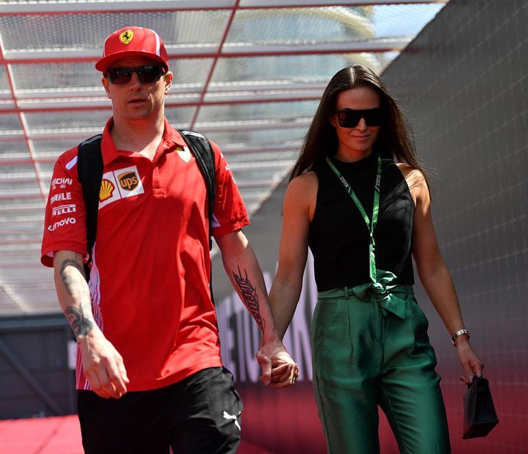 Kimi ja Minttu Räikkönen repäisivät kunnolla hääpäivänsä kunniaksi. 