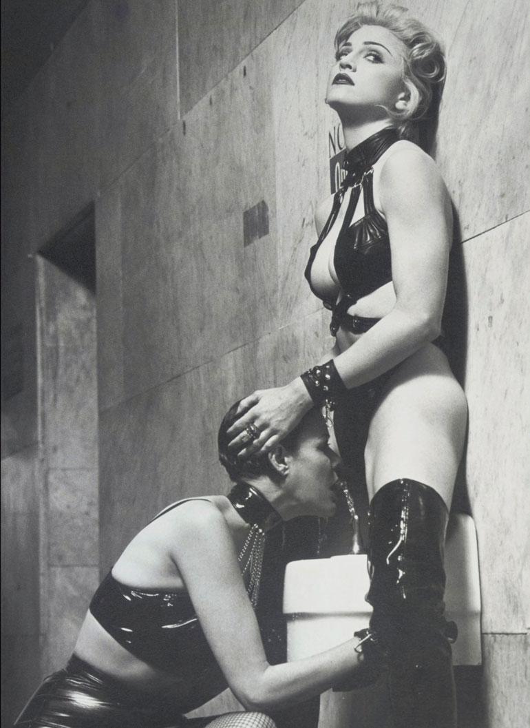Madonna julkaisi Sexkirjan ja Eroticaalbumin vuonna 1992. Tämän jälkeen häntä arvosteltiin liiasta seksin esille tuomisesta.