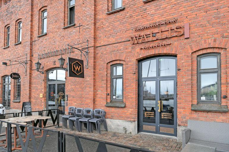 Kimin osaomistama karaokebaari Wallis sijaitsee Helsingin Katajanokalla.