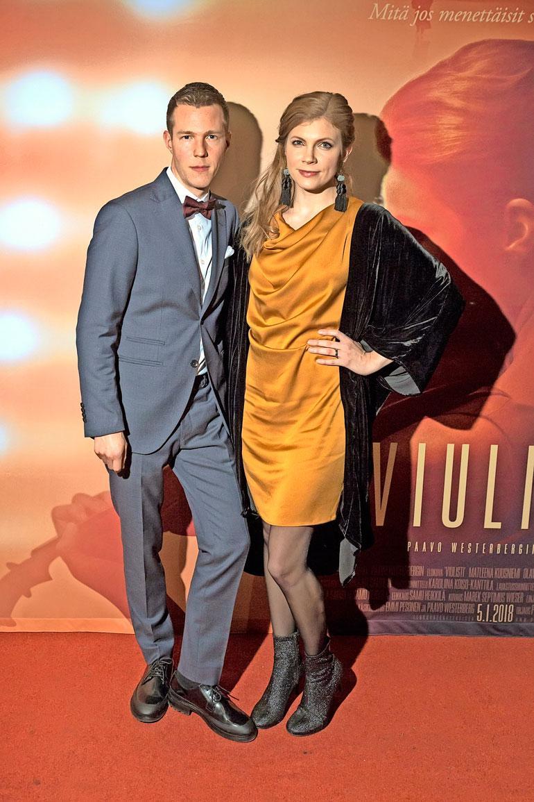 Saara ja Olavi ovat olleet naimisissa kolme vuotta.