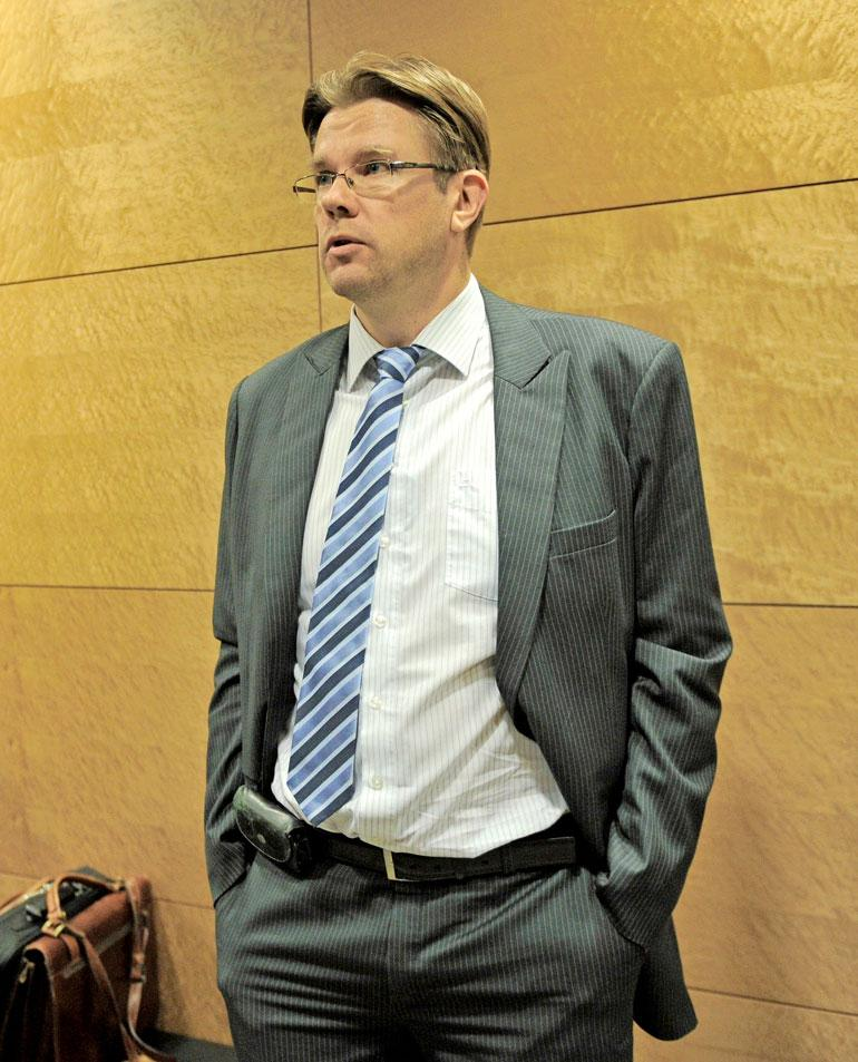 Syyttäjä Mika Appelsin nosti syytteet Raimo Anderssonin henkirikoksesta.