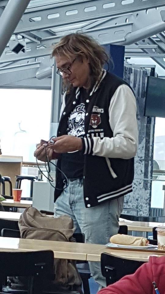 Costello Hautamäki.