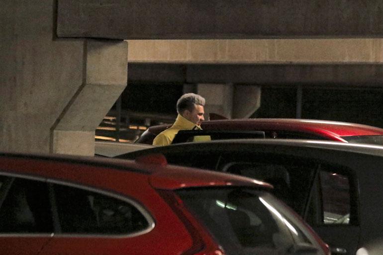 Eliaksen nähtiin nousevan Nellin autoon myös lokakuun alussa Sannin Hartwall-keikan päätteeksi.