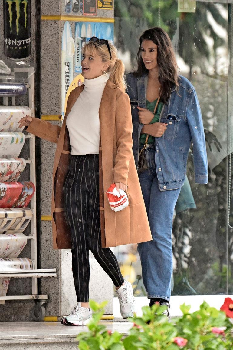 Kun keikkavalmistelut kutsuivat Leoa, Maryam liukeni shoppailemaan ystävänsä Erika Vikmanin kanssa.