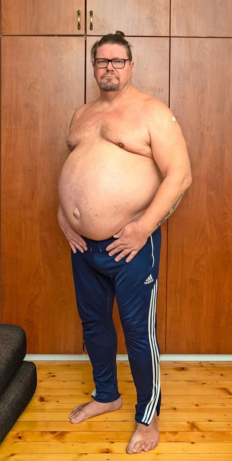 Henry kertoo, että yksin parissa viime viikossa paino on noussut kahdeksan kiloa, vaikka hän on syönyt koko ajan vähemmän.