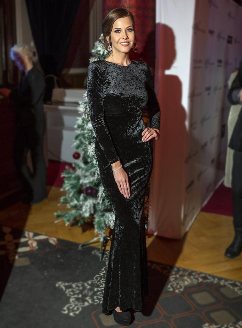 Jasmin Voutilainen Miss Helsinki -kilpailun finaalissa