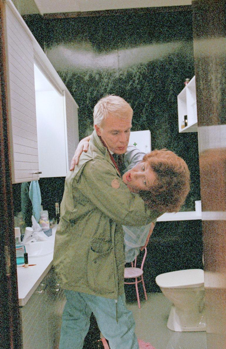 Ruusun aika -draamasarja oli Jukan ensimmäinen rooli tvisänä. Kuva vuodelta 1990.