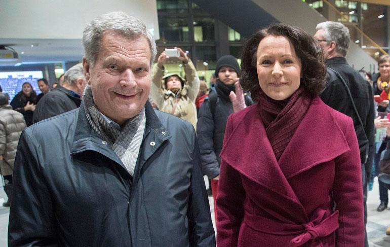 Tasavallan presidentti Sauli Niinistö ja rouva Jenni Haukio voivat viettää jatkossa kesiään Aaro-poikansa kanssa Kultarannan lisäksi Lohjalla.