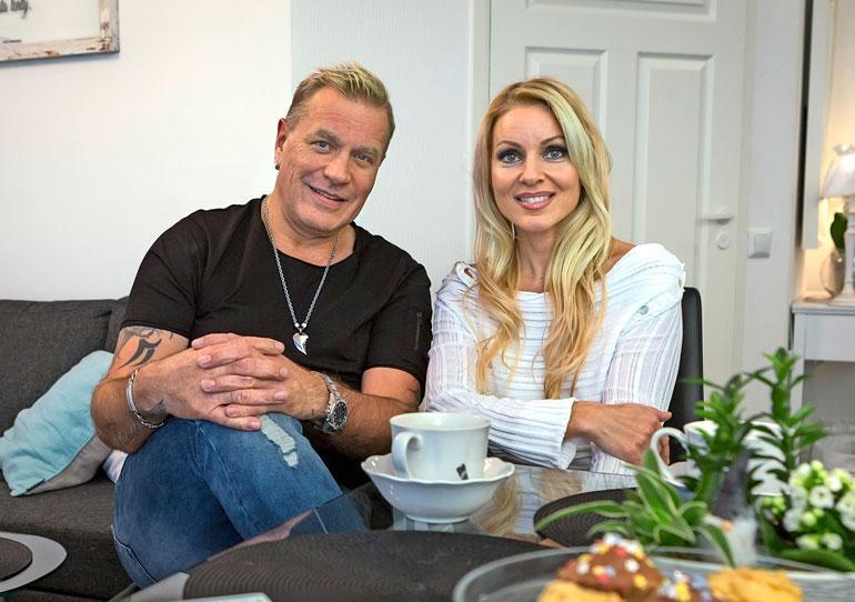 Ex-aviopari Tauski Peltonen ja Virpi Kätkä olivat pitkään riidoissa.