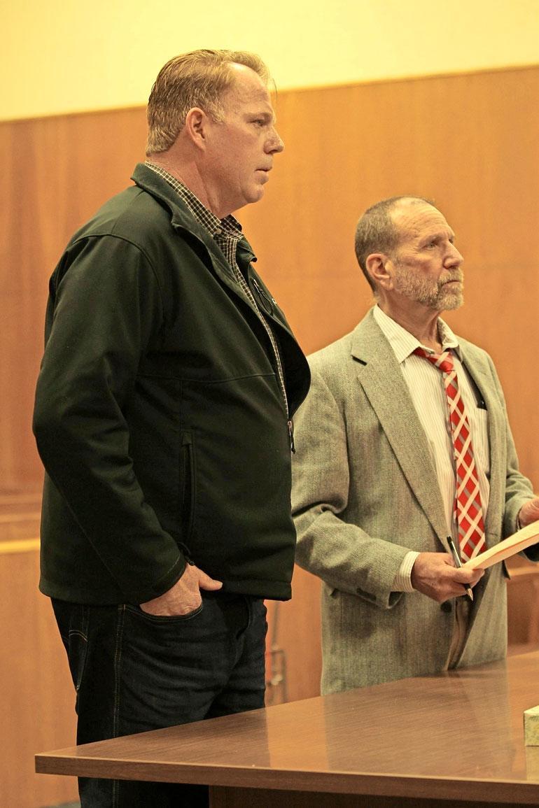 Meghan Marklen velipuoli pääsi pälkähästä oikeudessa.
