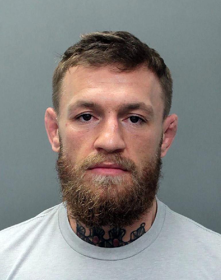 Conor McGregor pidätyskuva.