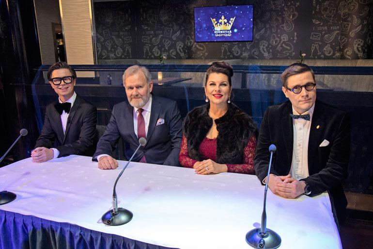 Sarjan missituomaristossa istui Sami Sykön ja Satu Silvon lisäksi näyttelijä Taisto Oksanen sekä avustaja.