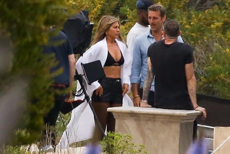 Jennifer Aniston domina-asussa