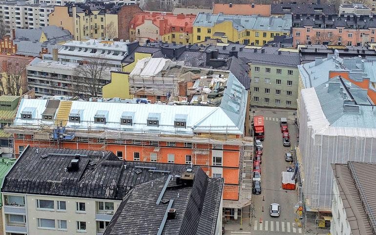 Jaren lukaali sijaitsee suositun Punavuoren alueella Etelä-Helsingissä.