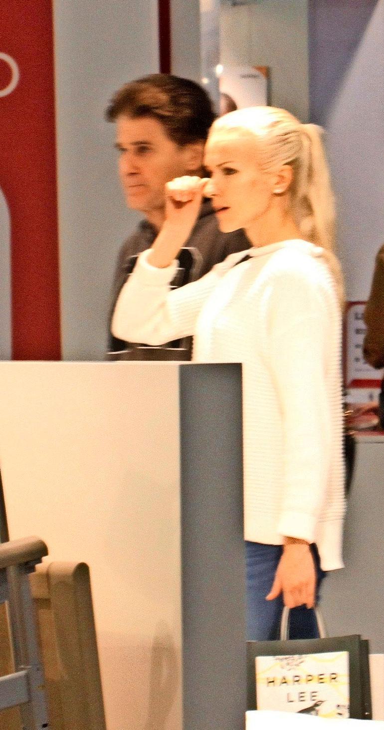 Riikka ja Reetu kävivät vuoden 2015 Kirjamessuilla yhdessä.