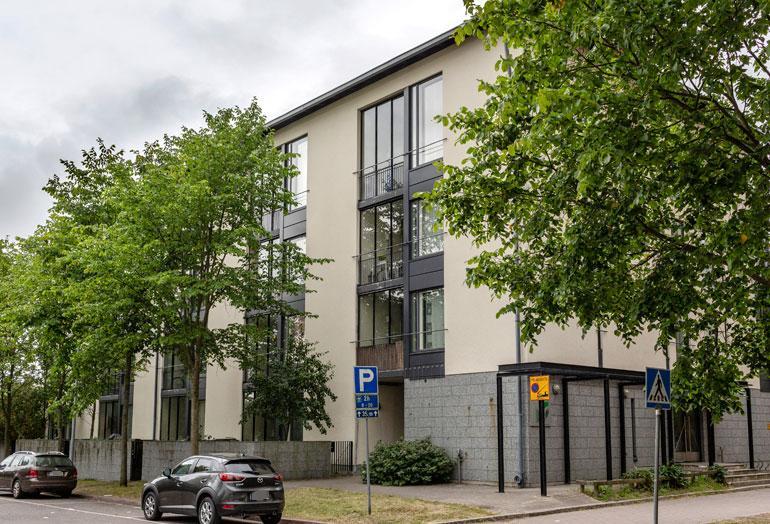 Hennan ja Jarkon uusi koti sijaitsee Helsingin Herttoniemessä.