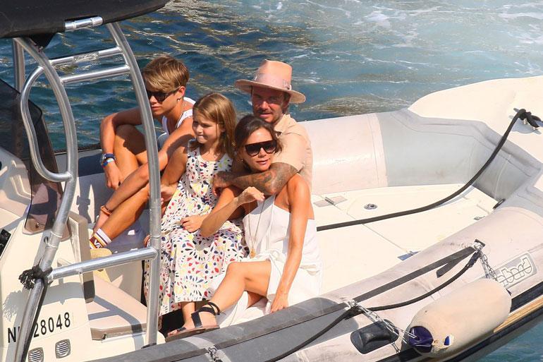 Perhe nauttii toistensa seurasta täysin rinnoin. Victoria ja David ovat olleet naimisissa jo 20 vuotta.