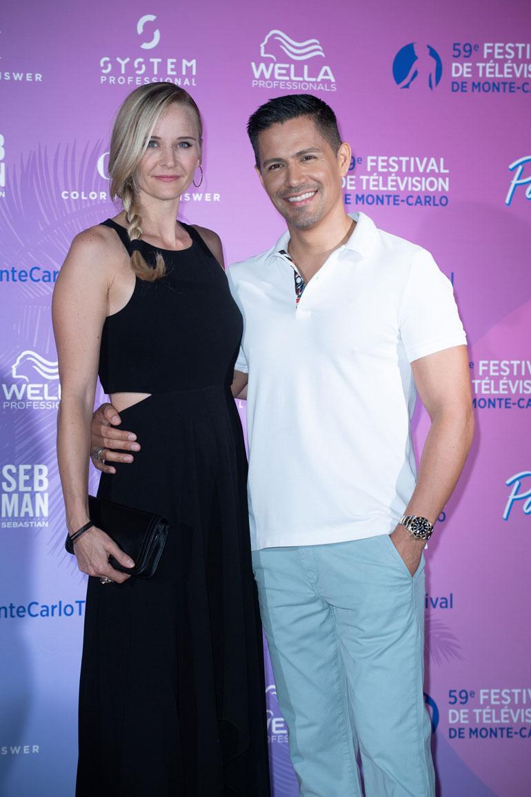 Jay on ollut nuoresta saakka naimisissa näyttelijä Daniella Deutscherin kanssa. He tapasivat tv-sarjan kuvauksissa, kun Jay oli 14-vuotias ja Daniella 17.