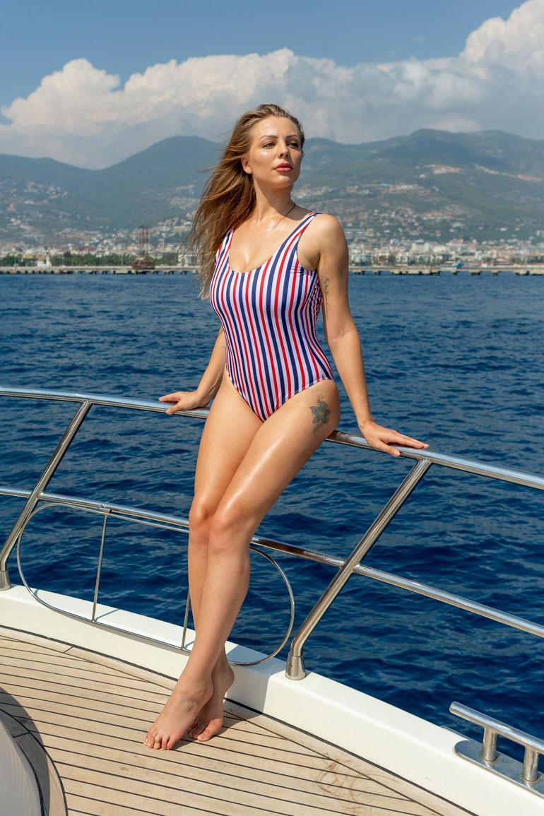 Erika nähdään marraskuussa Portugalin Playboyn alastonkuvissa.