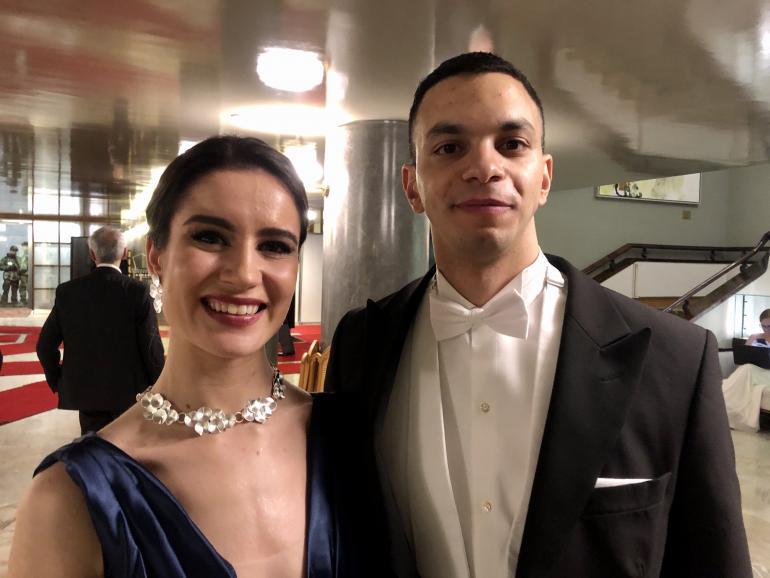 Rosanna ja Omar olivat Linnassa yhtä hymyä.