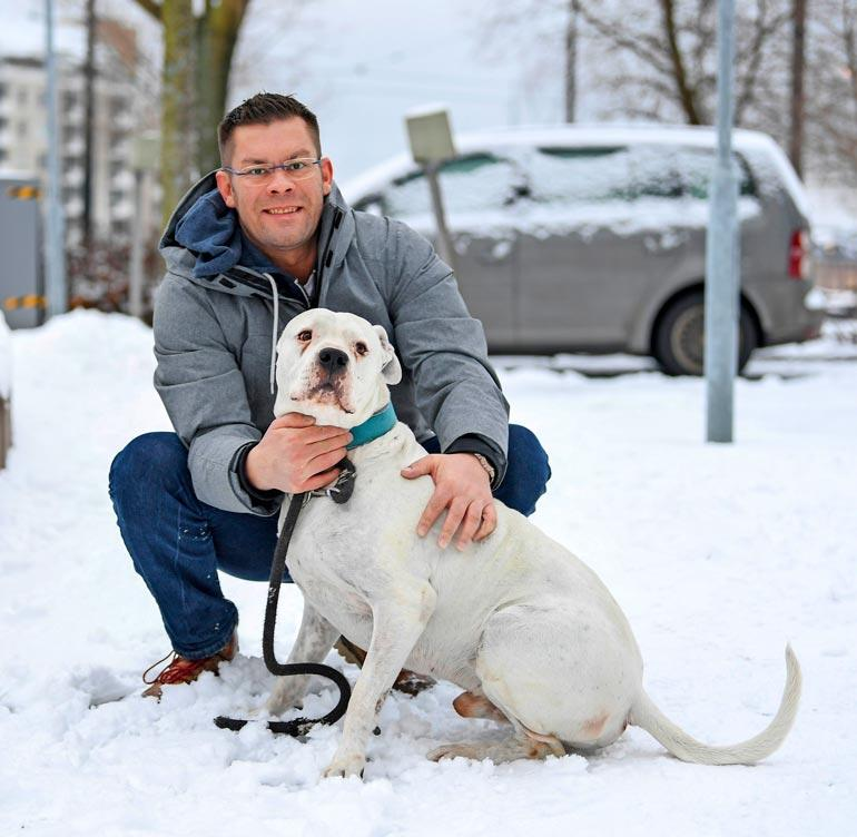 Iljaa jäi kaipaamaan hänen Rapido-koiransa. Seiska todisti iloista jälleennäkemistä, kun Rapido tuotiin Suomeen reilu vuosi sitten.