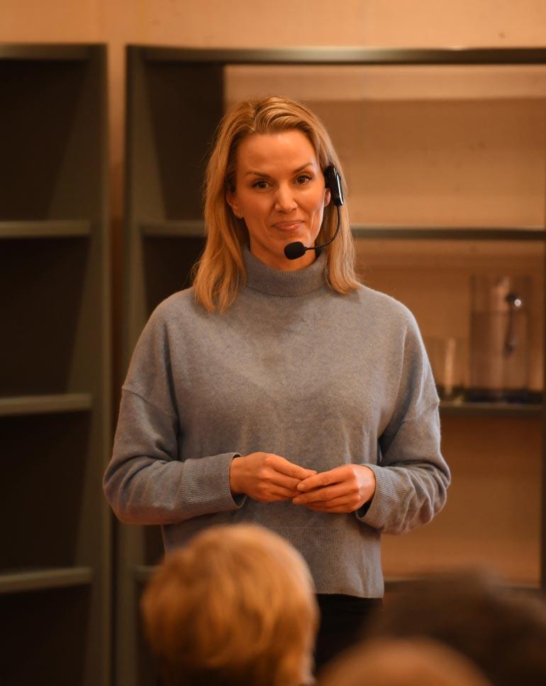 Pirita bongattiin toissa viikolla Porin kirjastosta, missä hän piti luentoa äitiydestä ja sen haasteista.