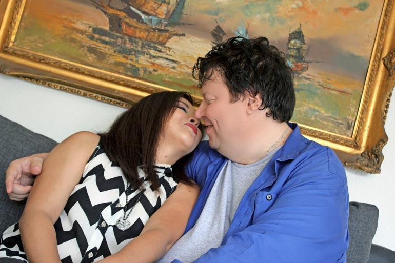 Timo aikoo Ingridin kanssa naimisiin. – Kihlajaiset ovat suunnitelmissa lähiaikoina, tähtikitaristi paljastaa.
