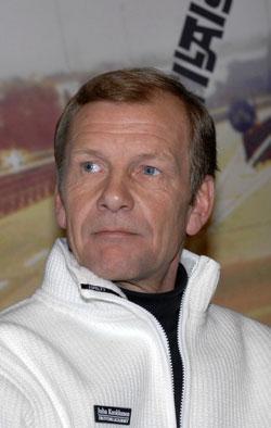 51-vuotias Juha Kankkunen paransi maailmanennätystään - katso!